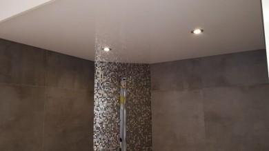 Spanndecke weiß glanz, hochglanz Spanndecke, Spanndecke Badezimmer